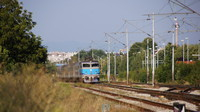 Loco-hauled passing Maksimir