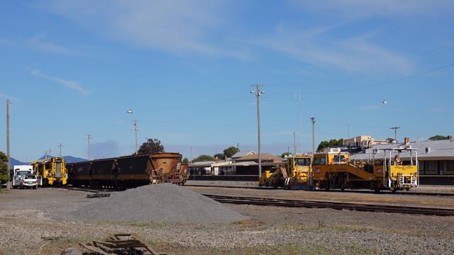 Track machines at Ararat