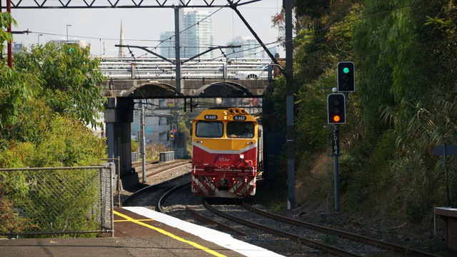 N-Class V/Line Consist