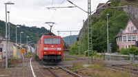 DB152 passing St Goarshausen