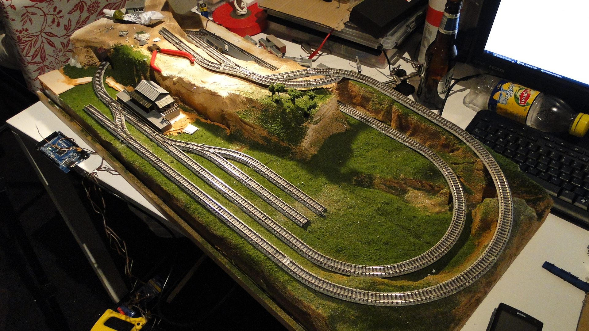 Tracking trains with an Arduino and RFID : Implemented
